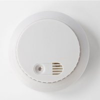 Wholesale In stock V battery operated standalone photoelectric smoke detector best selling high quality