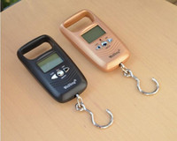 Wholesale Outdoor Portable kg g LCD Electronic Balance Digital Fishing Hook Luggage Weighing Hanging Digital Scale with gift box