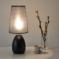 venda por atacado bedside lamp-Lâmpadas de mesa quentes Moderno minimalista moda quarto cabeceira lâmpada decoração lâmpada escandinávia lâmpadas de mesa E27 iluminação comercial frete grátis