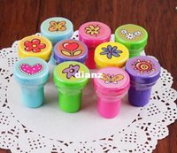 Wholesale Hot Self ink Stamps Kids Party Favors Supplies for Birthday Christmas Gift Boy Girl Goody Bag Pinata Fillers Fun Stationery