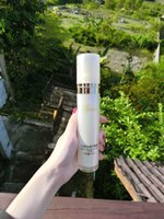 Wholesale rose water yeast Fade stubborn dirt Moist skin spots Moisturizing Water embellish smooth Repair sunburn spray