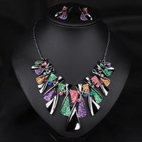 Wholesale 2016 new arrival lady colorful alloy jewelry set woman wedding diamond earrings and necklace sets bridge jewelry accessories