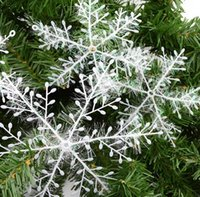 Wholesale 2017 Snowflake Christmas Supplies All Kinds Of Sizes X15 X11 Cm Plastic Snowflake Christmas Decoration White Christmas Hanging Decoratio