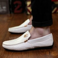designer shoes for men - Fashion Brand Italian luxury designer Shoes Men Loafers Genuine Leather Shoes slip on Casual flats Men Dress Shoes For Men