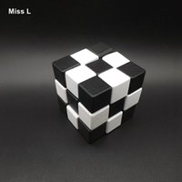 Wholesale Ruban Lock Series Intelligence Toys Black White Dragon Blocks Wood Cube Adult Toys