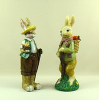 Wholesale Hare Couple Figurines Handmade Resin Bunny and Carrots Statue Cartoon Character Ornament Craft for Festival Gift and Home Decor