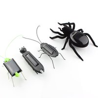 Wholesale 4pcs mini kit Novelty kid Solar Energy Powered Spider cockroach Power Robot Bug Grasshopper educational gadget Toy for children USA SELLER