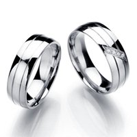 Wholesale New Lover s Stainless Steel Rings Crystal Couple Engagement Ring Mix Size Stainless Steel Jewelry Gift