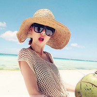 Wholesale Summer Korean Style Summer Sun Shading Cap Hand Woven Straw Millinery Beach Resort Beach Essential Wide Straw Hat