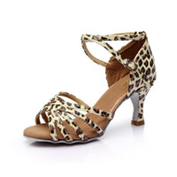 al por mayor zapatos baile latino-Sra. Fondo suave adulto profesional con satén 7CM en zapatos de baile de salón de baile latino zapatos GB Dance 6802