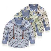 al por mayor solapas de-2017 nuevos niños de la llegada que arropan la camisa del niño camisa del muchacho verano del resorte Vendas de la marina de guerra del algodón de la solapa muchachos de la capa Camisa larga envuelta 2T-7T 5pcs mucho