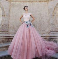 Wholesale New Design Elegant Tulle Ball Gown Princess Wedding Dresses With Capped Sleeve Long Bridal Detachable Bow Lace Appliques Fashion
