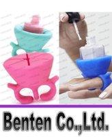 Wholesale 8 Colors Wearable Nail Polish Holder Makes Painting Your Nails A Easier Same As Tweexy Ring Nail Polish Holder LLFA6132
