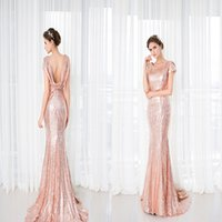 Wholesale Sparkling Sequins Mermaid Sweep Train Bridesmaid Dresses With Scoope Neck Square Backless Bridesmaid Gowns For Wedding Party Evening Party
