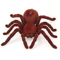 Cheap 2CH Infrared RC Realistic Spider Toy Funny Gadgets Prank Remote Control Toy for Halloween Gift Decoration Party Stage Props