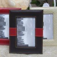 achat en gros de cadres ornement-Trendy 6 pouces cadre photo faux cuir Picture Frame Vintage Salon Bureau Ornements Home Decor famille Cadre JP0025