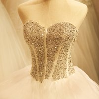 Wholesale Organza Sweetheart Wedding Dresses With Dimond Decoration Beads Embroidery Pleats Backless Sleeveless Illusion Strapless Court Train Bridal