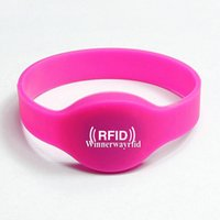 Wholesale Silicone RFID Wristband RFID Bracelet RFID Tag NFC Tag for Access Control Chip Ntag203 WY104