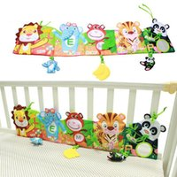 Wholesale Baby bed around and cloth book with animal model baby lovely toys for baby bed YYT504 YYT505