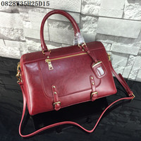 Shoulder Bags american volume - Latest women Shoulder Bags Waxed leather Large volume casual shoulder bags or Totes with zipper cm wide Factory first prices