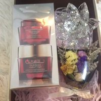 Wholesale Red Pomegranate piece fitted whitening moisturizing cream to yellow to brighten the ml Night Cream ml
