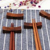 Nouveaux baguettes en bois de conception de détente alésage un trou 5 * 1.5cm type d'oreiller baguette Rack Corée style japonais MOQ: 50pcs