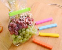 Wholesale Colourful Plastic Bag Clip Food storage sealing clip kitchen accessories household tool