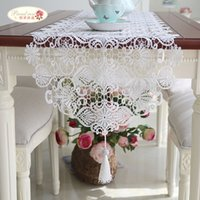 Wholesale 1 Piece European Contracted Heart Hollow out Lace Table Runner The White Embroidered Table Runner Fashion Tassel Table Runner