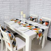 Wholesale Modern Fashion Geometric Triangle Pattern Table Runner Prague European Style Wedding Party Dinner Cotton Table Cloths Flag