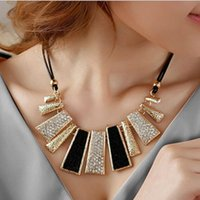 beauty bibs - New Lady Fashion Design Beads Enamel Bib Leather Braided Rope Chain Necklace Retail Beauty