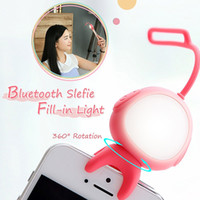 alien photos - Super Cute Alien Taki in Selfie Phone fill Light MARTUBE Bluetooth Selfie LED Lamp Remote Control Self timer For Smartphone Selfie Photo