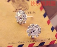 Wholesale Han edition of the sun flower zircon earrings Fashion crystal gem earrings Europe and the United States high grade foreign trade e