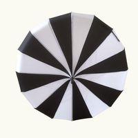 Wholesale Creative Design Black And White Striped Golf Umbrella Long handled Straight Pagoda Umbrella
