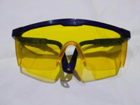 Wholesale Supply of anti impact goggles luminous yellow lens safety glasses telescopic leg Lab