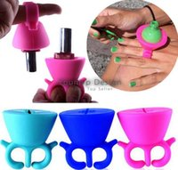 Wholesale New arrival Wearable Silicone Nail Polish Holder Makes Painting Nails Easier Colors Nail Polish Form