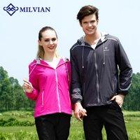 Wholesale milvian outdoor sport men and women s polypropylene fiber three colors braathable and winreoof waterproof running wear