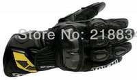 Wholesale Hot sales Newest RS Taichi racing motorcycle Genuine leather gloves carbon sport of motorcycle racing gloves