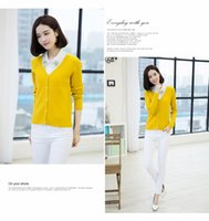 Wholesale Are short and simple V super beautiful delicate collar cardigan pure wool coat color all match