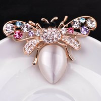 Wholesale 2016 high grade Jewelry Fashionable Bee Brooch design of opal shape of animal suitable with suits vogue accessories