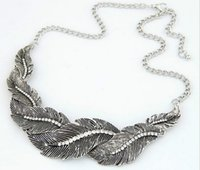 Wholesale New leaves twisted statement necklace folk style diamond chain alloy clavicle sweater