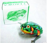 Wholesale new exotic child nostalgic classic clockwork frog jumping frog metal frog toy cm e mail treasure