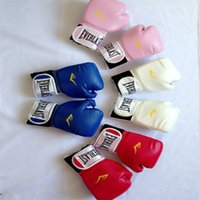 Wholesale Fashion professional Style Boxing Training Gloves Free Combat Fighting Gloves breathable boxing gloves