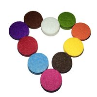 Wholesale 40pcs quot Fashion Jewelry Findings Aromatherapy Essential Oil Necklace Felt Refill Pads Assorted Colors