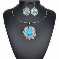 Wholesale 4 Colors Faddish Round Hollow out Exaggerate Bohemia new style Turquoise Jewelry Sets Retro Necklace Collar and Vintage Earrings For Woman