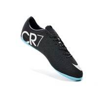 Wholesale New Fashion Indoor Soccer Shoes For Men Football Boots Low Indoor Soccer Sneakers