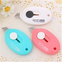 Wholesale 12Pcs colorful mini Utility Knife with key hole Good students stationery Automatic retracting Knife