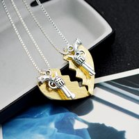 adventure necklace - DHL New set THELMA LOUISE Pendant Necklaces Guns Heart Friendship Adventure Freedom Best Friends Forever Creative Girl Keepsake Gift