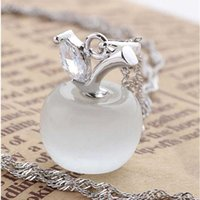 Wholesale Apple pendant Crystal Necklace Made Of Silver Crystal Pendant Necklace Jewelry Factory