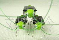 Wholesale Solar grasshopper Solar Cockroach Green gift Solar Powered Grasshopper Solar Toy