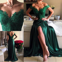 arabic ladies fashion - Sexy Emerald Green Split Formal Evening Dresses Arabic Off Shoulder Lace Appliques Satin Celebrity Dress Long Prom Party Gowns For Lady